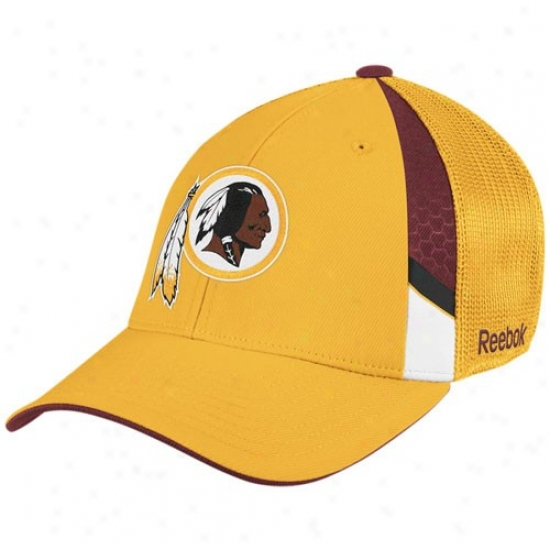 Redskin Merchandise: Reebok Redskin Gold  Draft Day Flex Fit Hat