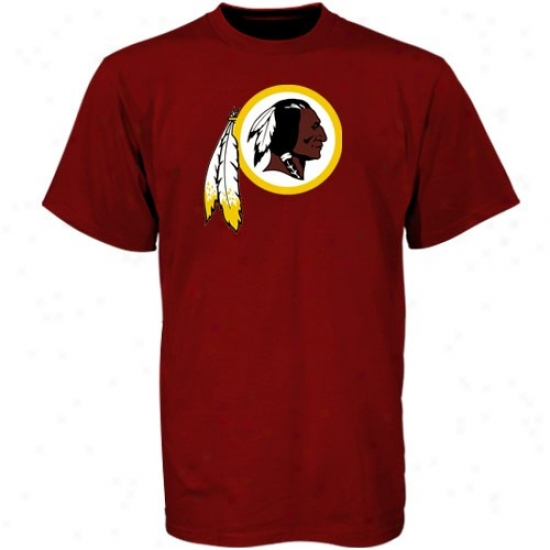 Redskins Attire: Reebok Redskins Burgundy Youth Team Log oT-shirt