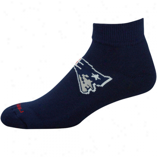 Reebok New England Patriots Navy Blue Team Day-star Ankle Socks