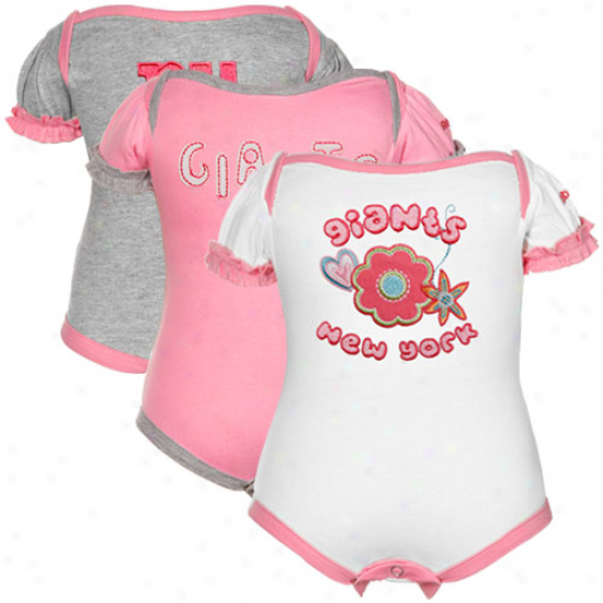 Reebok New York Giants Infant Girls Pink, Of a ~ color & Ash Three-piece Creeler Set