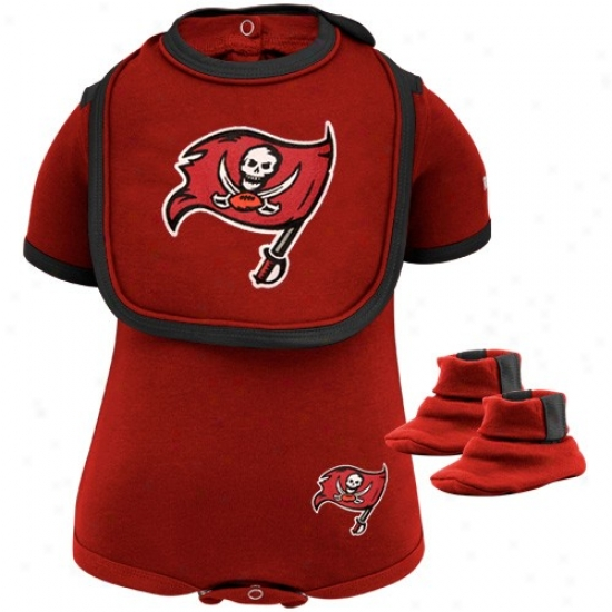 Reebok Tampa Bay Buccaneers Newborn Red 3-piece Creeper , Bib & Booties Set