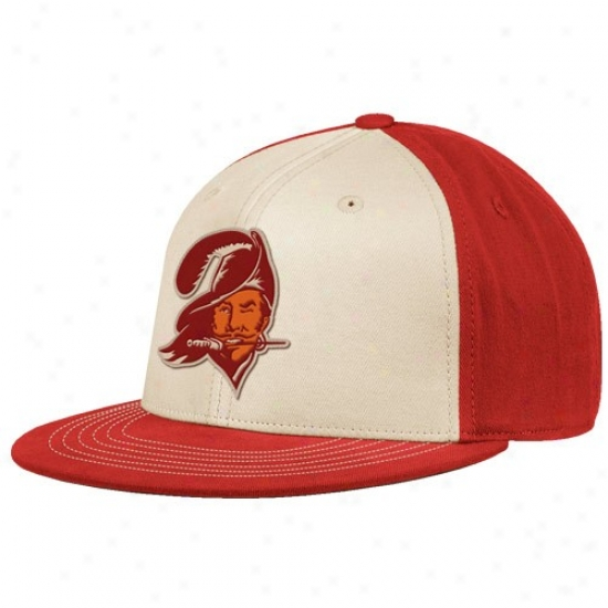 Tamp Bay Buccaheer Caps : Reebok Tampa Bay Buccaneer White-red Throwback 210 Fitted Caps
