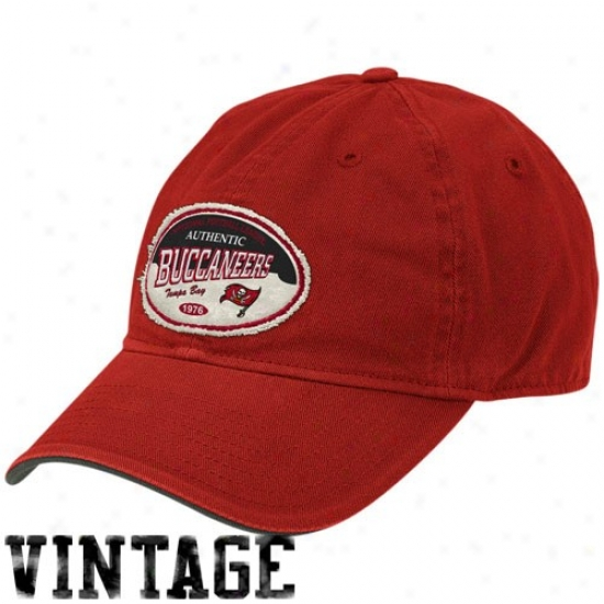 Tampa Bay Buccaneer Merchandise:-Reebok Tampa Bay Buccqneer Red Oval Slouch Adjustable Vintage Hat