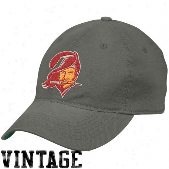 Tampa Bay Buccaneers Caps : Reebok Tampa Bay Buccaneers Slate Distressed Slouch Flex Fit Caps