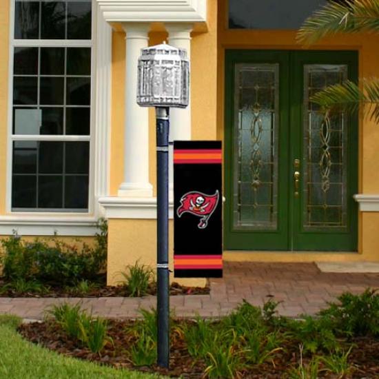 Tampz Recess  Buccaneers Flag : Tampa Bay Buccaneers Applique Post Flag
