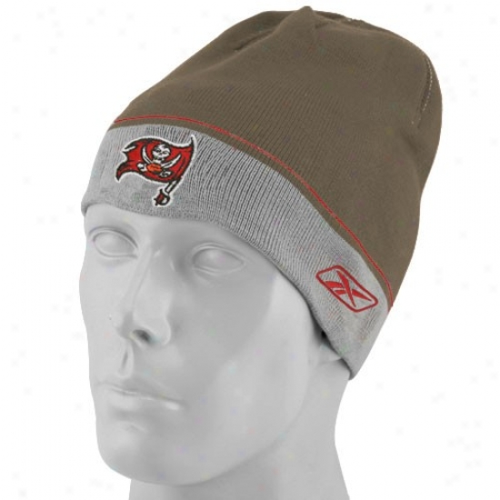 Tampa Bay Buccaneers Hat : Reebok Tampa Bay Buccaneers Pewter Youth Player Winter Skully Knit Beanie