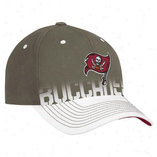 Tampa Bay Bucs Hat : Reebok Tampa Bay Bics Pweter Pro Shape Player Sideline Flex Hat