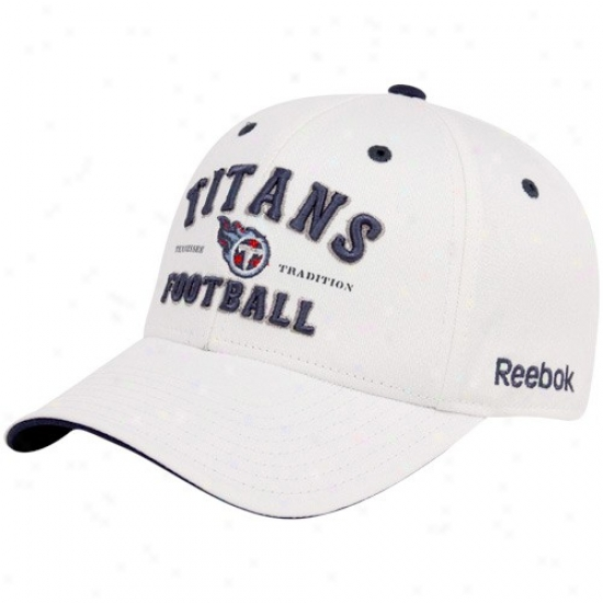 Tennewsee Titan Merchandise: Rerbok Tennessee Titan White Tradition Adjustable Hat