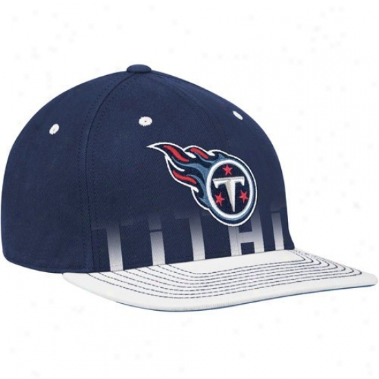 Tennessee Titan Merchandise: Reebok Tennessee Titan Navy Blue Pro Shape Player Sideline Flex Hat