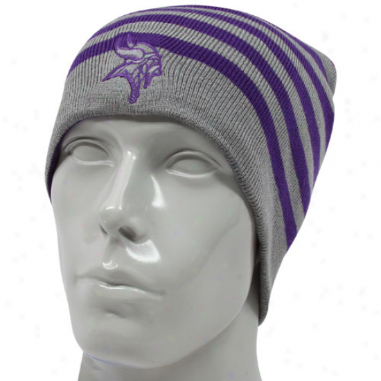 Vikings Gear: Reebok Vikings Purple-gray Reversible Knit Beanie
