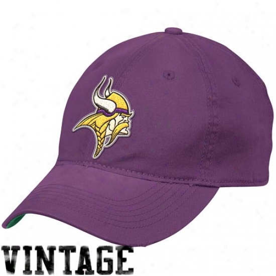 Vikings Merchandise: Reebok Vikings Purple Distressed Slouch Fles Suit Hat