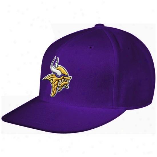 Vikings Merchandise: Reebok Vikings Purple Sideline Flat Bill Fitted Hat