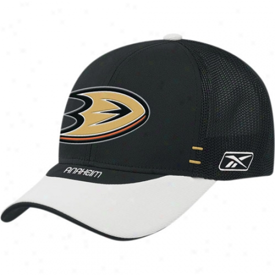 Anaheim Duck Gear: Reebok Anaheim Duck Black Nhl Draft Day 1-fit Flex Fit Hat