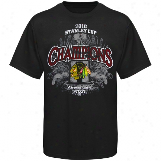 Blzck Hawks Tshirt : Majestic Black Hawks Youth Black 2010 Nhl Stanley Lot Champions Breakout Performance Parade Tshirt