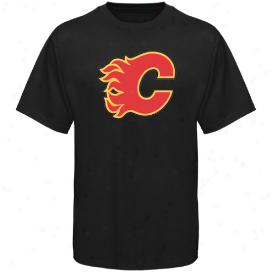 Calgary Flames Apparel: Old Time Hockey Calgar6 Flames Black Big Logo T-shirt