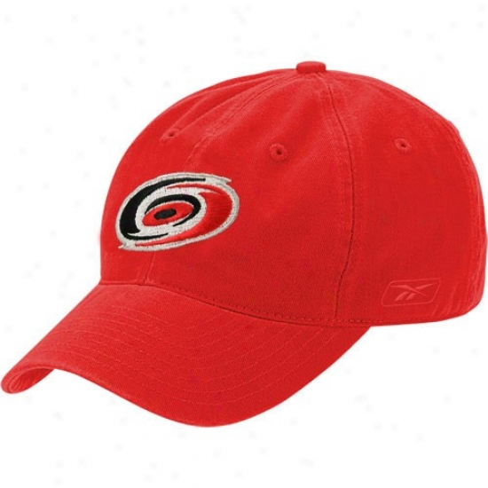 Carolina Hurricanes Caps : Reebok Carolina Hurricanes Red Face Off Slouch Flex Fit Caps