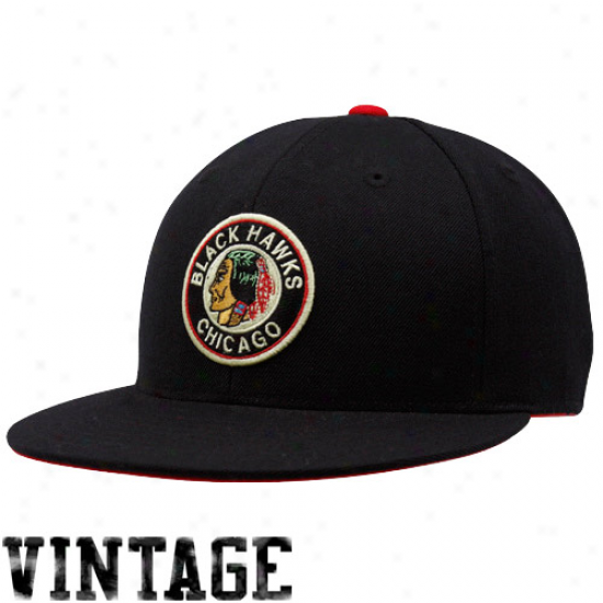 Chicago Black Hawks Hat : Mitchell & Nesss Chicago Mourning Hawks Black Vintage Logo Fktted Cardinal's office