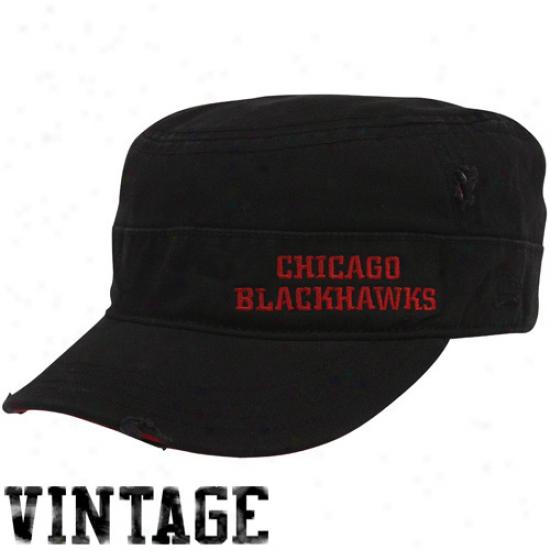 Chicago Blackhawks Hat : New Era Chicago Blackhawks Ladies Black Distressed Military Style Adjustable Hat
