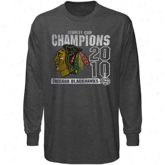 Chicago Blackhawks T-shirt : Banner '47 Chicago Blaxkhawks Black 2010 Nhl Stanley Cup Champions Premium Scrum Long Sleeve T-shirt