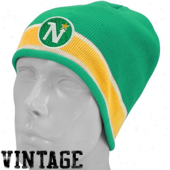 Dallas Star Gear: Reebok Dallas Star Green Vintage Khit Beanie