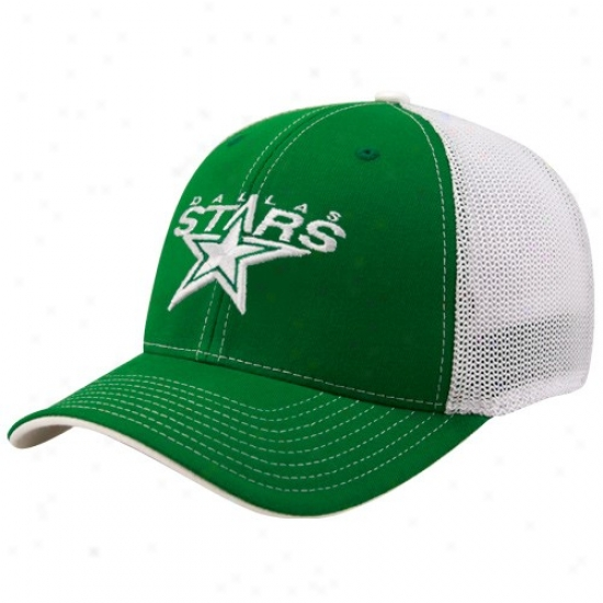 Dallas Stars Gear: Reebok Dallas Stars Kelly Green St. Patrick's Day Structured Mesh Back Flex Fit Hat