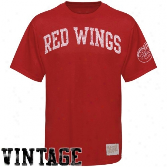 Detroit Red Wings Attire: Detroit Red Wings Red Word Vintage Premium T-shirt