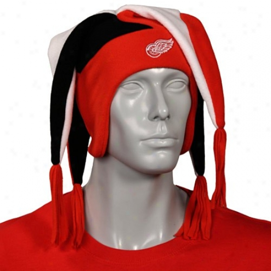Detroit Red Wings Gear: New Era Detroit Red Wings Youth Red Snow Plow Fleece Cap