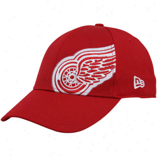 Detroit Red Wings Gear: New Era Detroit Red Wings Red Side Patch 39thirty Stretcch Fit Hat