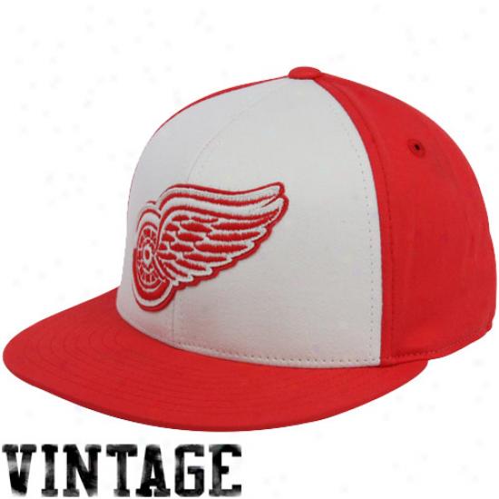 Detroit Red Wings Gear: Reebok Detr0it Red Wings Red-white Flat Bill Retro Sport 210 Fitted Hat