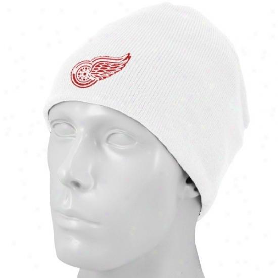 Detroit Red Wings Hat : Reebok Dertoit Red Wings White Basic Logo Knit Scully Knit Beanie