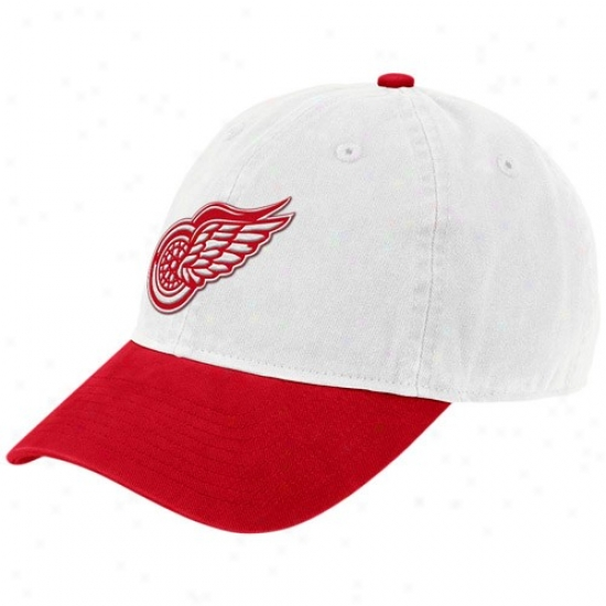 Detroit Ree Wings Merchandise: Reebok Detroit Red Wings White Vintage Logo Slouch Hat