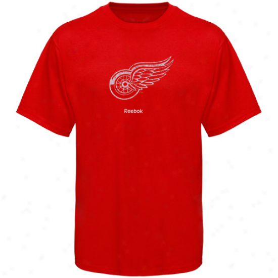 Detroit Red Wings T-shirt : Reebok Detroit Red Wings Red Faded Logo T-shirt