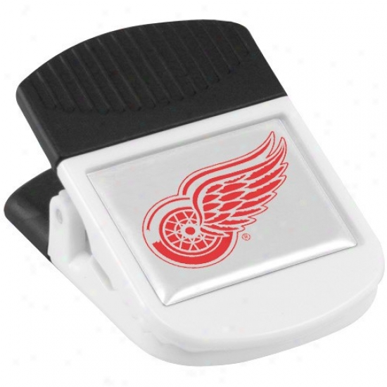 Detroit Red Wings White Magnetic Chip Clip