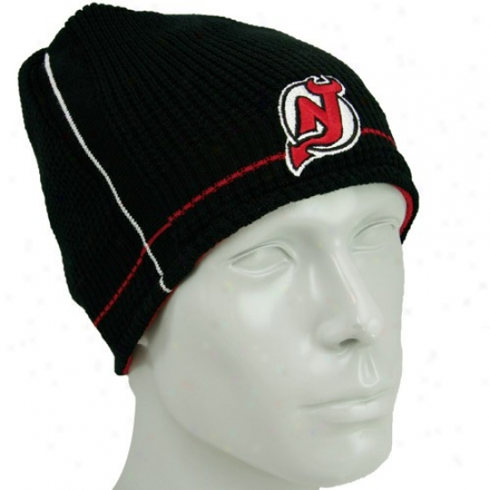 New Jersey Devils Gear: Reebok New Jersey Devils Black-red Official Team Reversible Knit Beanie