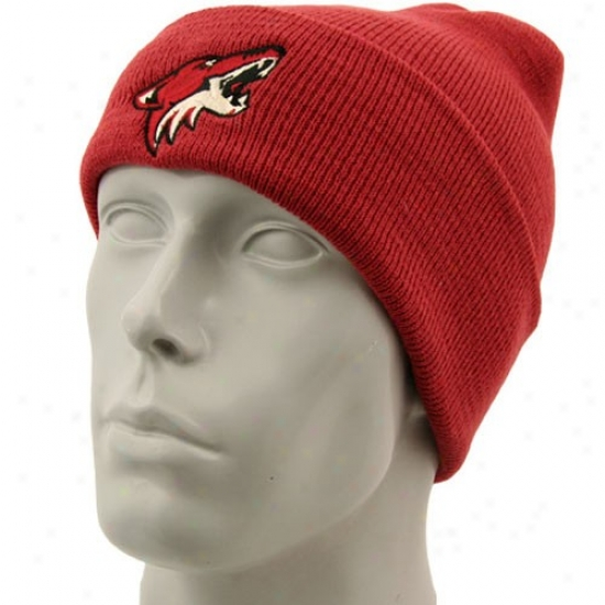 Phoenix Coyote Caps : Reebok Phoenix Coyote Brick Red Watch Knit Beanie