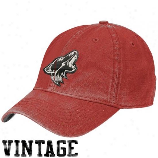Phoenix Coyotes Merchandise: Reebok Phoenix Coyotes Red Distressed Logo Vintage Slouch Hat