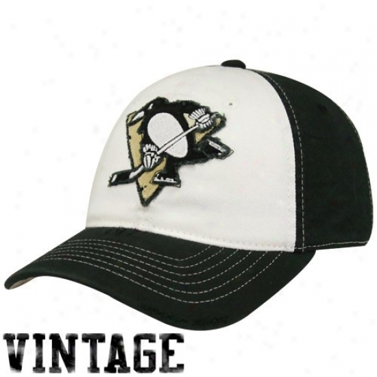 Pittsburgh Penguin Merchandise: Reebok Pittsburgh Penguin White-black Distressed Logo Flex Fit Hat