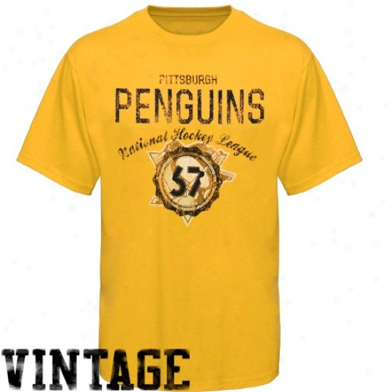 Pittsburgh Penguin Tshirt : Old Time Hockey Pittsburgh Penguin Gold Vintage Tshirt