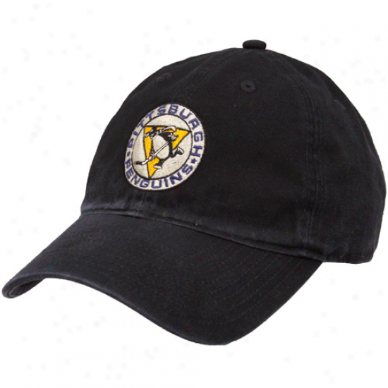 Reebok Pittsburgh Penguins Black 2011 Nhl Winter Classic Adjustable Hat
