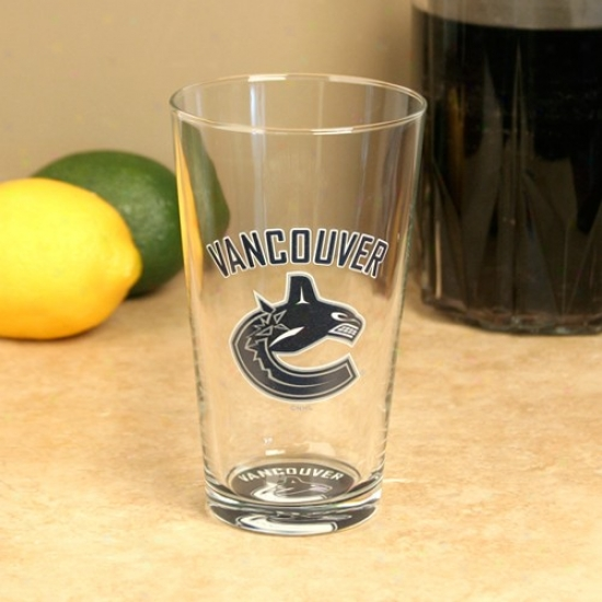 Vancouver Canucks 17 Oz. Bottoms Up Mixing Glass